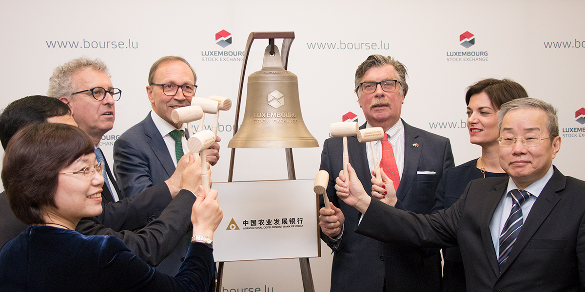 news-LNEWS-LGX-Ring_the_bell_ADBC.jpg